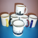 Tasse mit farbigen Rand / Henkel und bedruckt
